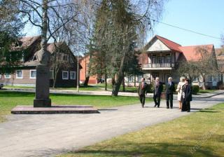Jono Basanavičiaus aikštė. 2004 m.