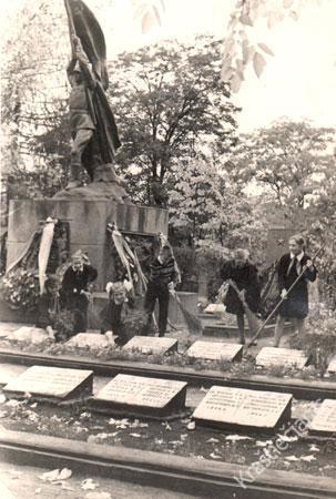 Antrojo pasaulinio karo karių kapinės 1968 m.