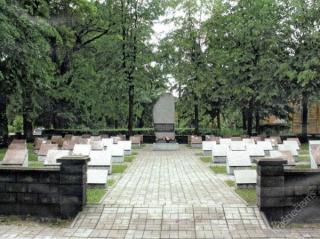 Antrojo pasaulinio karo karių kapinės 2014 m.