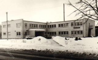 1986 m. pastatytas Kauno rajono centrinės bibliotekos priestatas (dab. Vytauto g. 21)