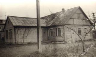 Kauno rajono rajoninės bibliotekos pastatas, kuriame veikė  rajoninė vaikų biblioteka