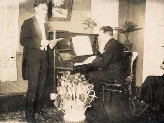 A. Busilas ir K. Griauzdė. 1929 m.
